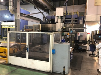 Okuma MCR-B2 Double column machining centre with OSP 7000 M Controller, Enomoto EC-1588 chip conveyor (2002), MAC oil controller unit, S/N: 245, Year: 1995